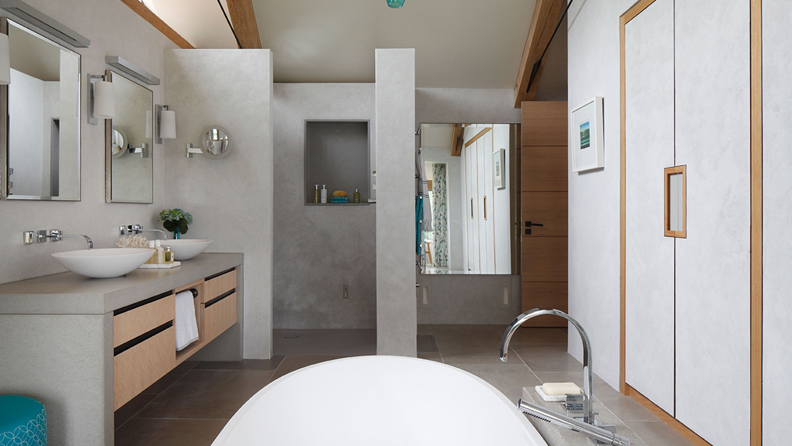 Joinery installation bathroom by Neova Installation.